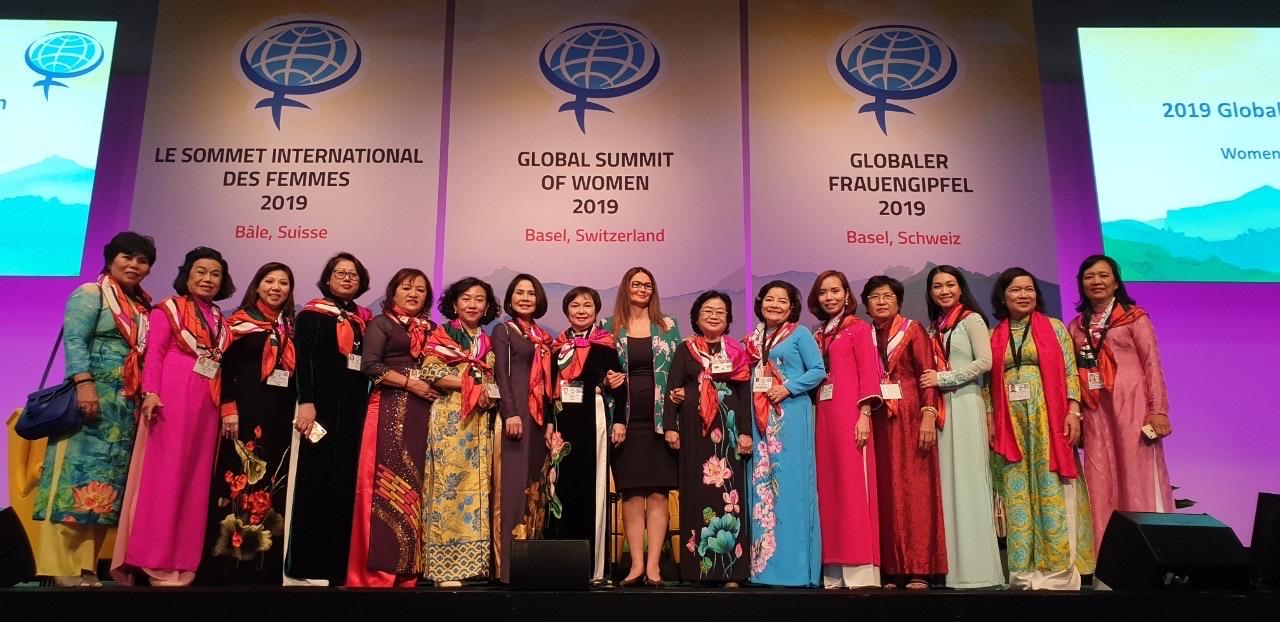 """COPHACO Tại Hội nghị Thượng đỉnh Phụ nữ toàn cầu năm 2019 với chủ đề """"Phụ nữ - Tái định nghĩa thành công"""" diễn ra tại thành phố Basel, Thụy Sĩ, vào ngày 04/07/2019 đến hết ngày 06/07/2019."""